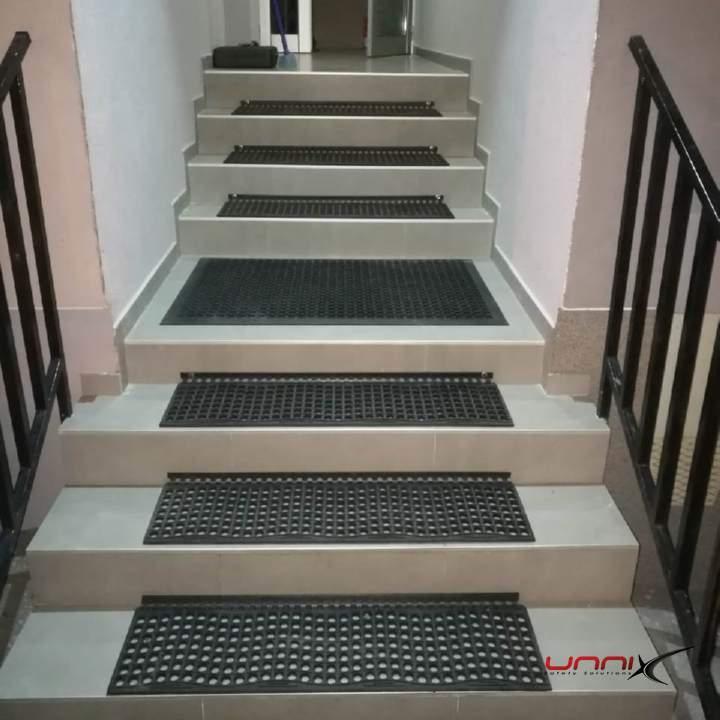 Antiklizne Trake-Ferst  Gumeni otirači   Safety   za Stepenice: