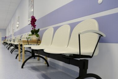 zidna-zastita-od-stolica-2