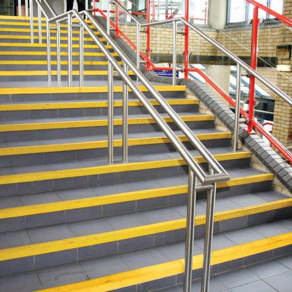 Gazišta Anti-slip Inox za stepenice_ Klizave | gumene protivklizne podloge|